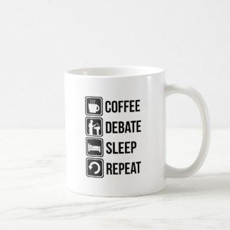 Caneca De Café Café engraçado que debate a repetição do sono
