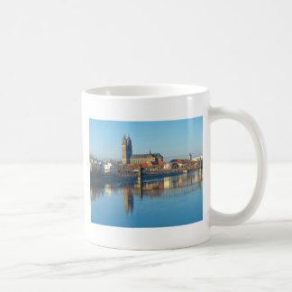 Caneca De Café Catedral de Magdeburgo com rio Elbe 01