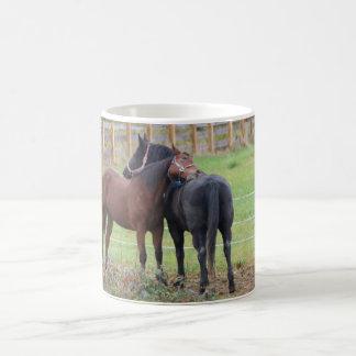 Caneca De Café Cavalos Snuggling de Morgan