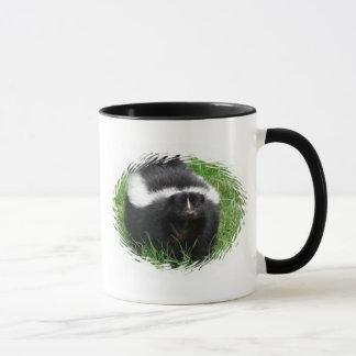 Caneca de café cerâmica da foto da jaritataca
