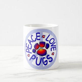 Caneca de café cerâmica dos Pugs do amor da paz