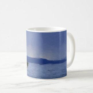 Caneca De Café Chuva sobre o lago Yellowstone