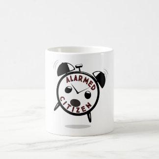 CANECA DE CAFÉ CIDADÃO ALARMADO