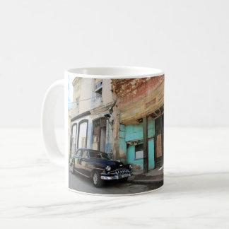 Caneca de café clássica do carro de Havana