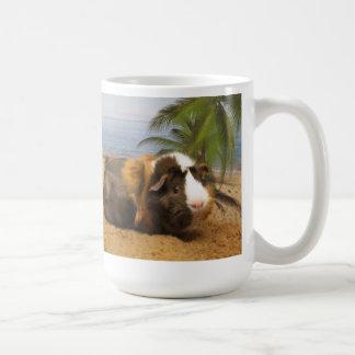 Caneca De Café Cobaia sob a palmeira