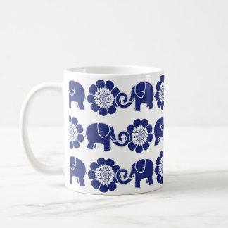 Caneca De Café Cobalto azul & branco da parada do elefante da