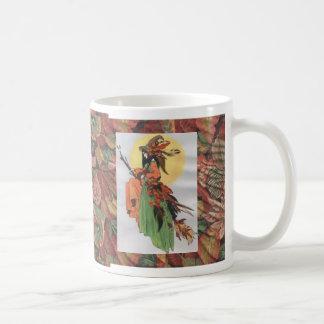 Caneca De Café colagem da bruxa da queda com folhas