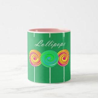 Caneca de café colorida da ilustração dos
