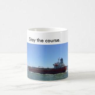 Caneca de café com o navio que diz a estada o