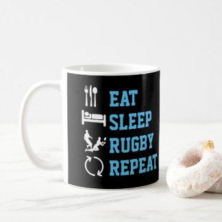 Caneca De Café Coma o esporte engraçado da repetição do rugby do