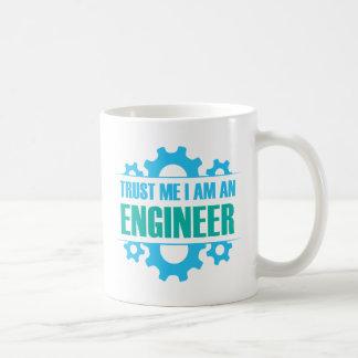 Caneca De Café Confie que eu mim é um engenheiro