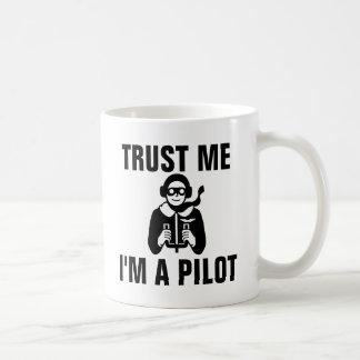 Caneca De Café Confie que eu mim é um piloto