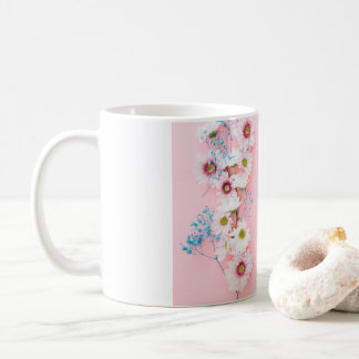 Caneca De Café Copo branco & cor-de-rosa do teste padrão floral