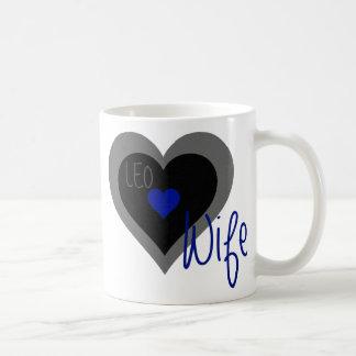 Caneca De Café Coração da esposa de LEO
