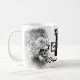Caneca de café corajosa de B