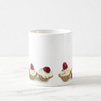 Caneca De Café cupcakes com framboesas
