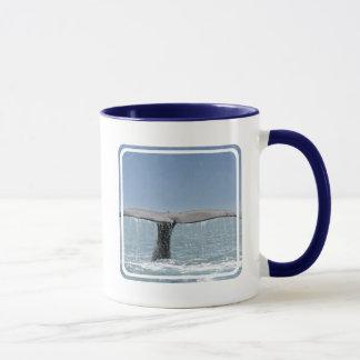 Caneca de café da cauda da baleia