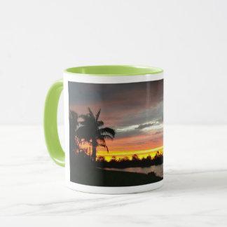 Caneca de café da cena do por do sol