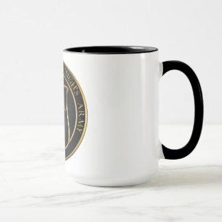 Caneca de café da maioria de elevação