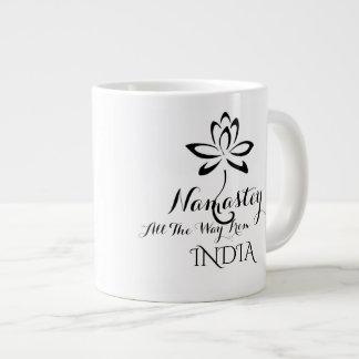 Caneca de café da tipografia de Namastey