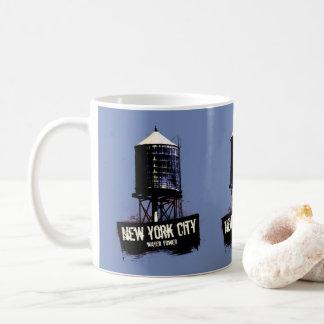 Caneca de café da torre de água da Nova Iorque