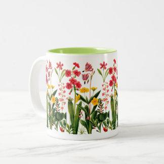 Caneca de café das flores selvagens da montanha