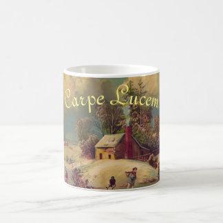 """Caneca De Café De """"caneca do Natal do inverno Carpe Lucem"""""""
