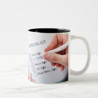 Caneca de café de hoje da lista de verificação