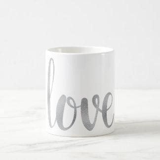 Caneca de café de prata do amor, folha
