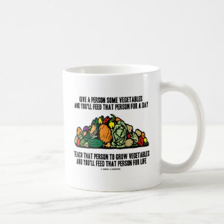 Caneca De Café Dê vegetais a pessoa da alimentação que por um dia