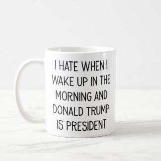 Caneca De Café Deie acordar com o Donald Trump como o presidente