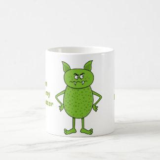 Caneca De Café Desenhos animados verdes bonitos do diabrete