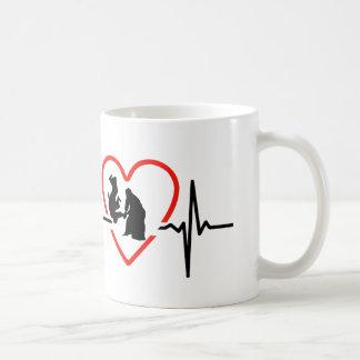 Caneca De Café Design do batimento cardíaco do Aikido