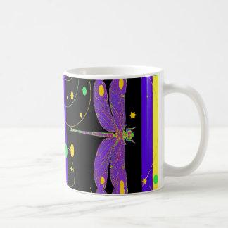 Caneca De Café Design moderno da libélula da lavanda por Sharles