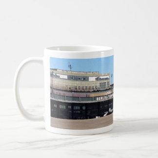 Caneca de café do aeroporto de Berlim Tempelhof