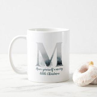 Caneca de café do alfabeto da letra M do Natal