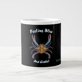 caneca de café do caranguejo azul