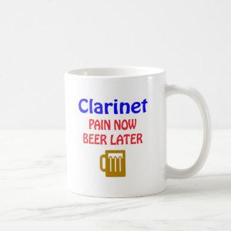 Caneca De Café do clarinete da dor cerveja agora mais tarde