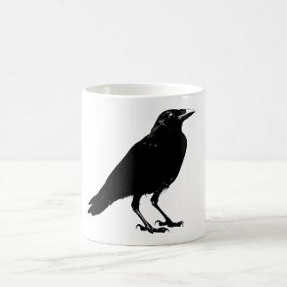 Caneca de café do corvo