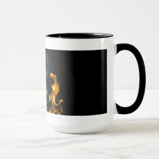 Caneca de café do crânio do calor inoperante