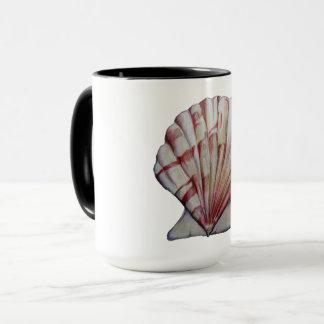 caneca de café do escudo de scallop