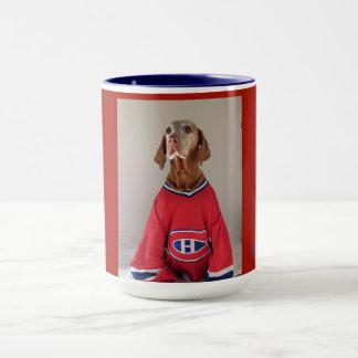 Caneca de café do hóquei dos canadenses de Vizsla