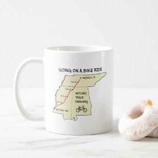 Caneca de café do mapa de rota do traço de Natchez
