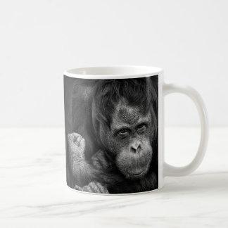 Caneca de café do orangotango