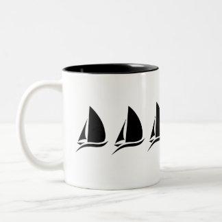 Caneca de café do veleiro