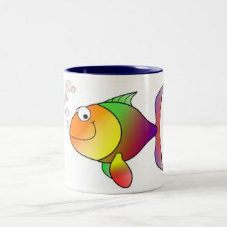 caneca de café dos desenhos animados dos peixes