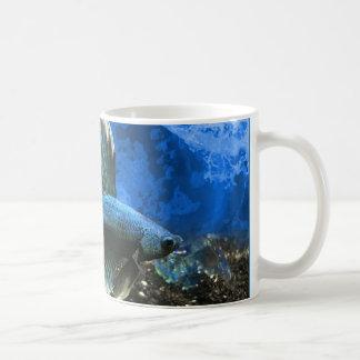 Caneca de café dos peixes de Betta