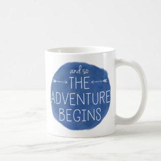 Caneca De Café E assim a aventura começa