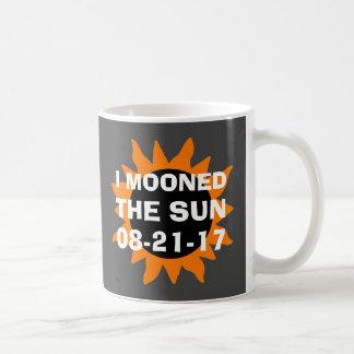 Caneca De Café Eclipse solar total eu Mooned o Sun engraçado