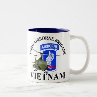 Caneca De Café Em Dois Tons 173RD Vietnam transportado por via aérea